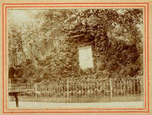 Denkmal Friedrich Adolph Haage - Grotte